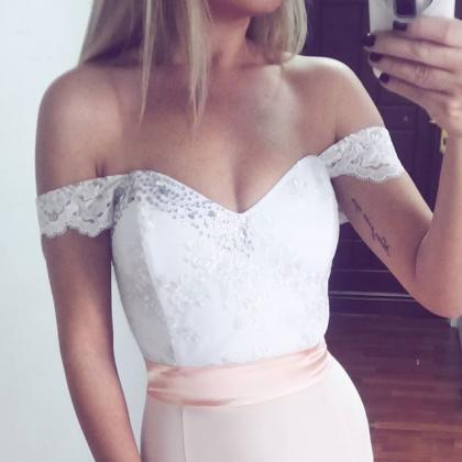 Lace / Satin Off The Shoulder Merma..