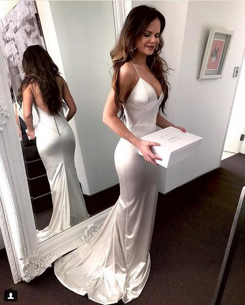 c5bdb38309 Ivory Sexy Mermaid Formal Evening Gown V Neck Prom Dress