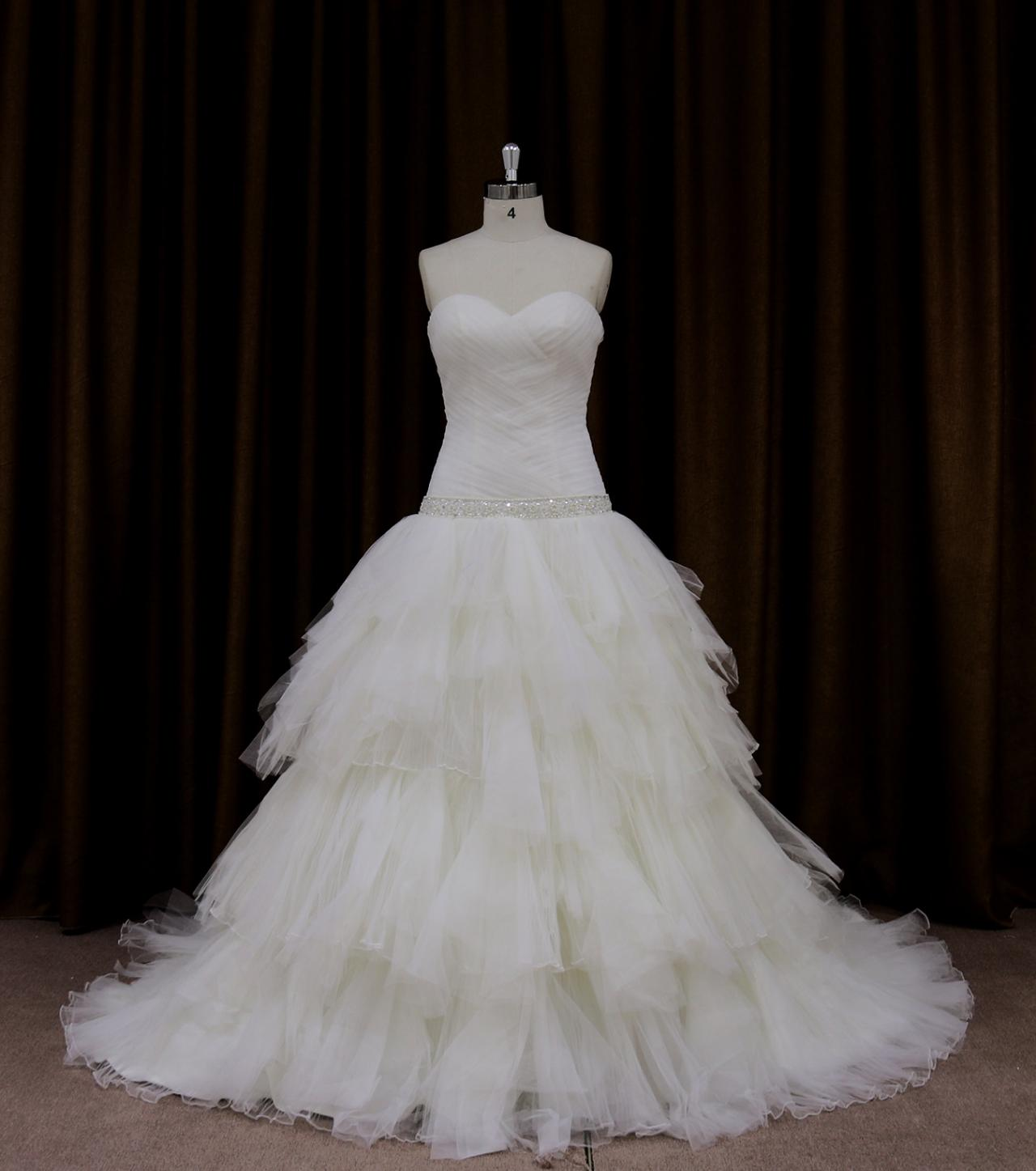 Tulle Sweetheart Ball Gown Wedding Dress With Tiered Skirt