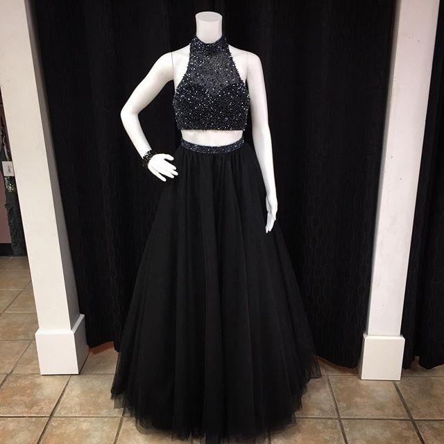 2016 Black Sheer High Neck Halter Two Piece Prom Dress With Beaded Top