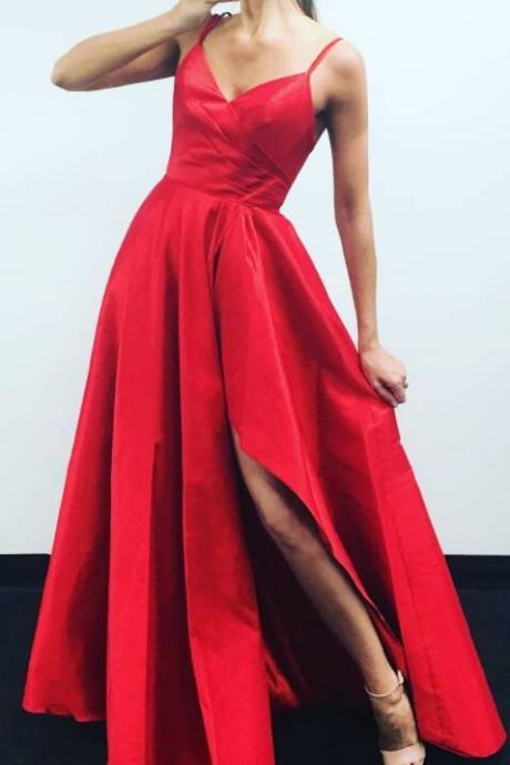 2018 V Neck Red Party Dress Long A Line Ruched Formal Prom Gown With Slit Skirt