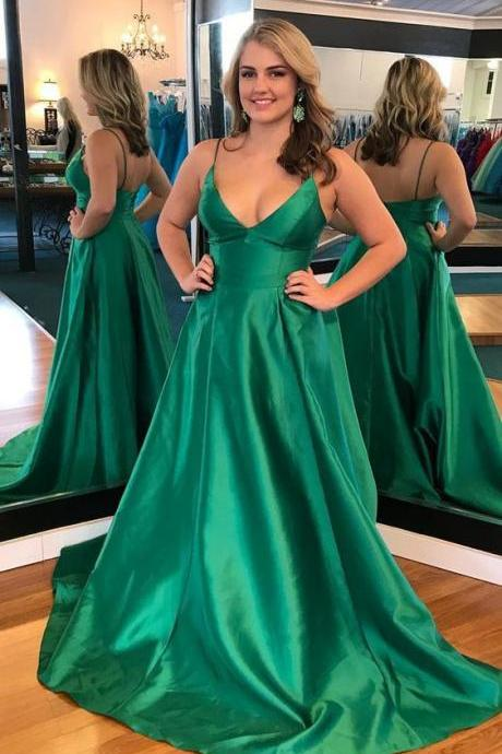 2018 New Green V Neck Prom Dress A Line Wedding Party Dress Formal Evening Gown