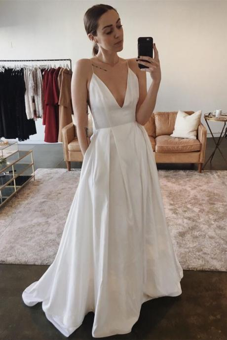 Sexy V Neck Evening Dress Ivory Long Prom Dress A Line Wedding Party Dress With Pockets