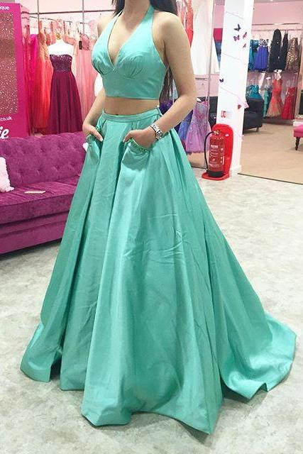 2016 Mint Green V Neck Halter Two Piece Satin Prom Gown With Pockets