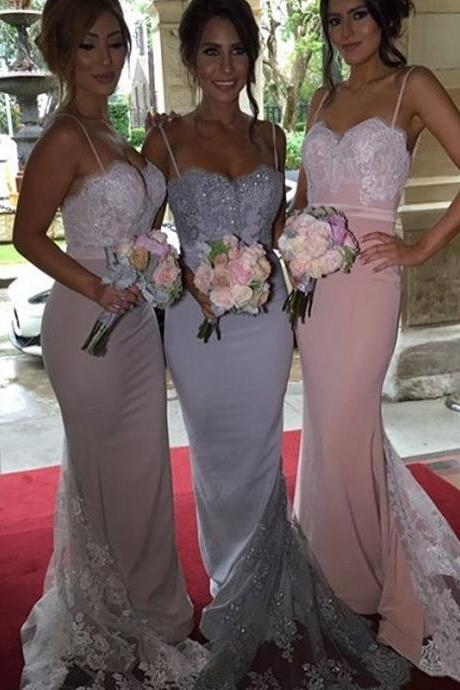 Sweetheart Lace Appliques Bodice Satin Mermaid Bridesmaid Gown With Lace Train