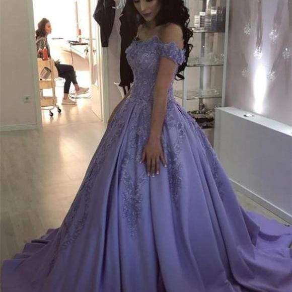 2019 Lavender Off The Shoulder Wedding Party Dress Ball Gown Prom Dress With Lace Appliques